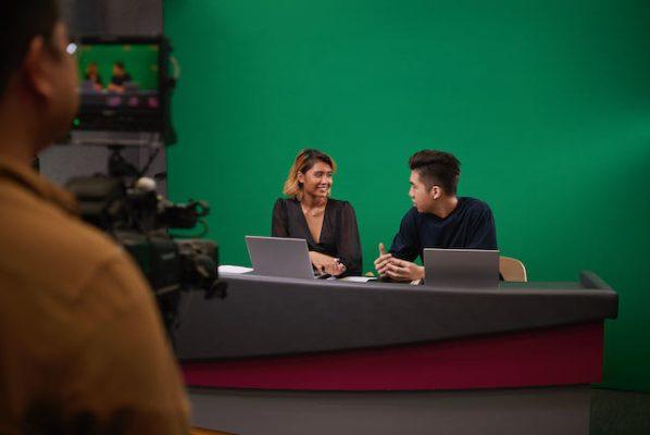 tv-studio-hosts-green-screen